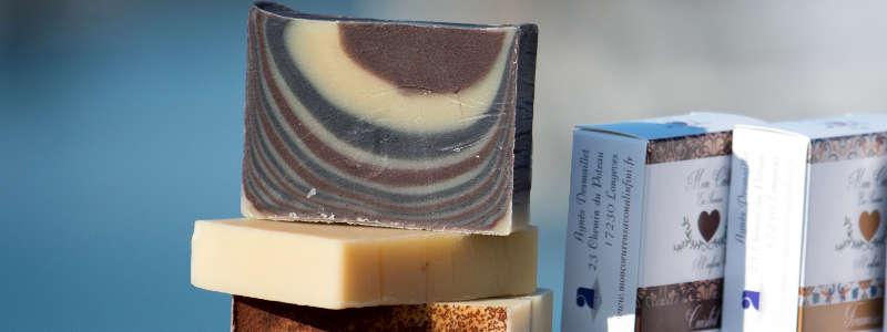 Savons surgras saponifié à froid, fabrication artisanale, les bienfaits